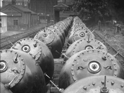 The Bombs Behind Prebend Gardens